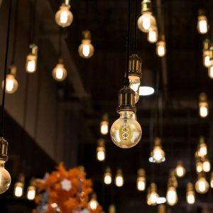 5W G125 LED Bulb Curve Filament Amber Cover 2200K