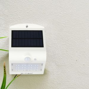 1.5W LED Solar Wall Light 4000K White Black Body