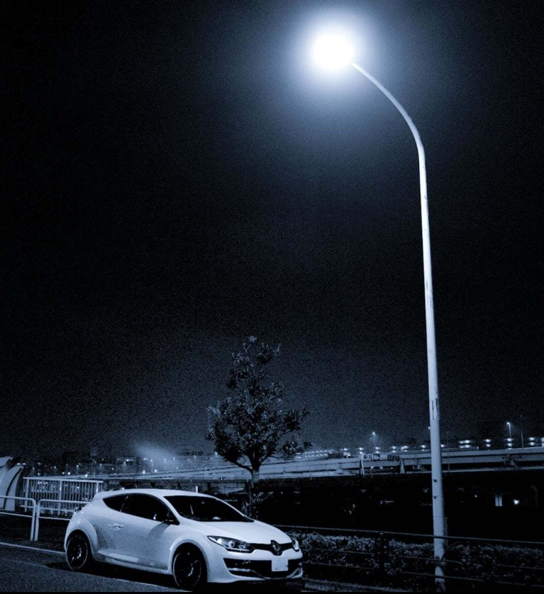 streetlight with sensor