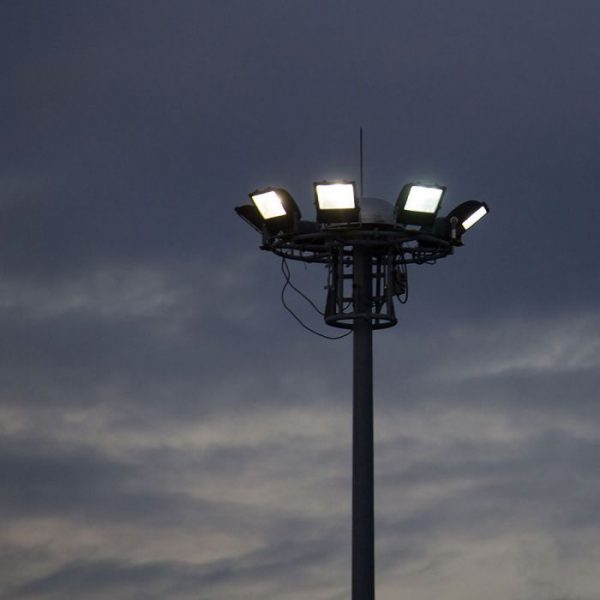 100W Bright LED Floodlight EVOLUTION SERIES - 16000 Lumens Super Bright - IP65