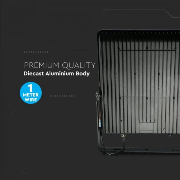 superior efficiency floodlights