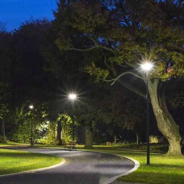 7.5W LED Solar Garden Light Round with Sensor and RF Control